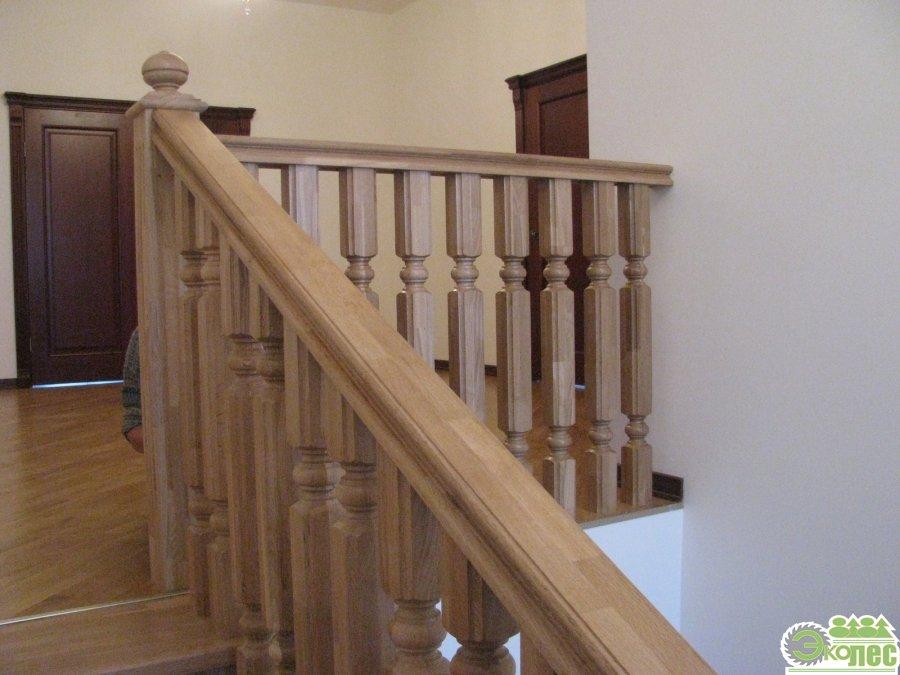 Купить лестницу из дерева в частный дом, на дачу, коттедж