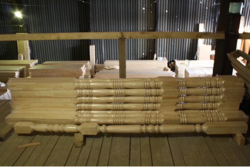 Колонна из хвойных пород дерева 100*100*3000 сорт В